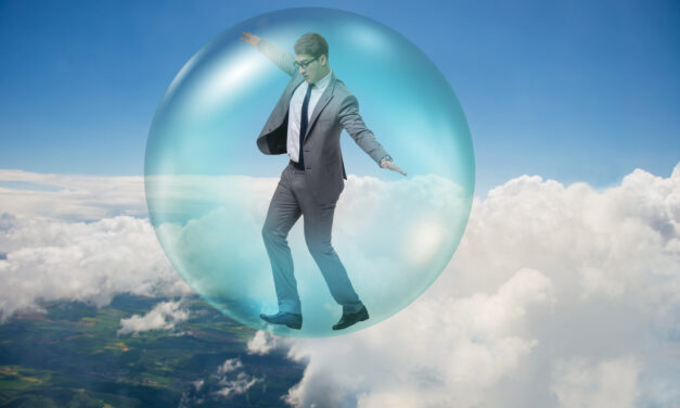 How Naive Investors Can Create Bubbles